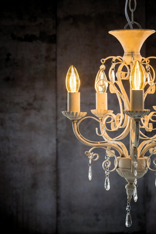 LED Kerze klares Glas E14 230V 430lm 4,7W 2500K Gold