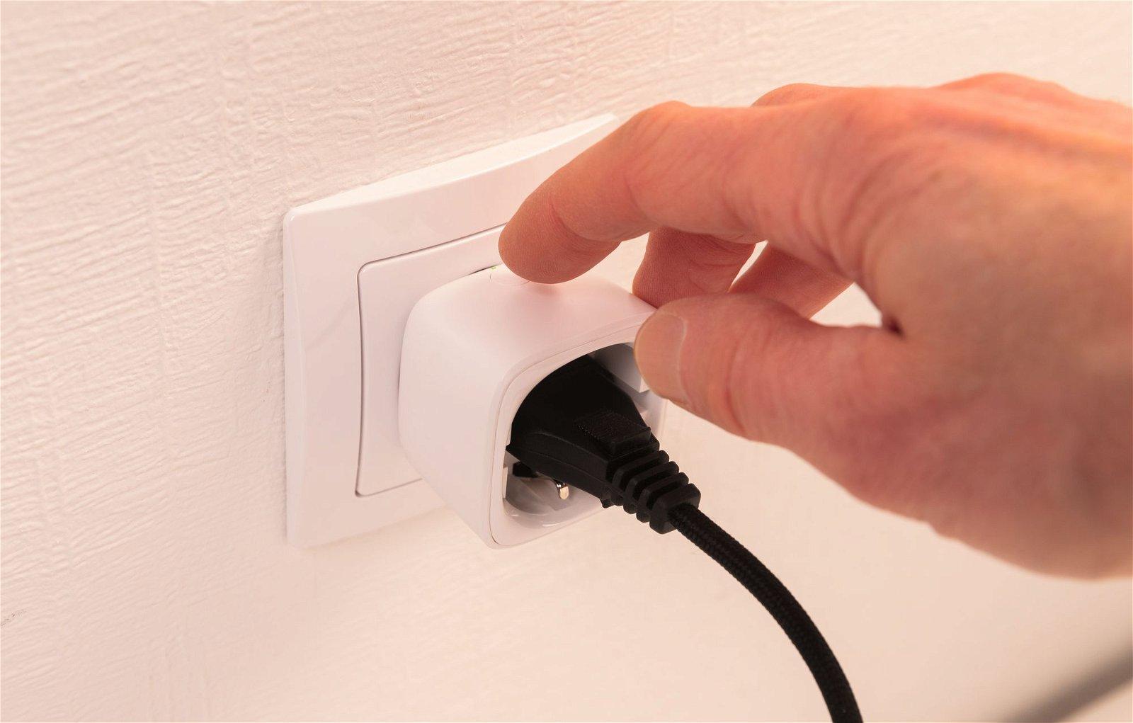 Zwischenstecker Smart Home Zigbee Smart Plug für Euro- und Schuko-Stecker Weiß