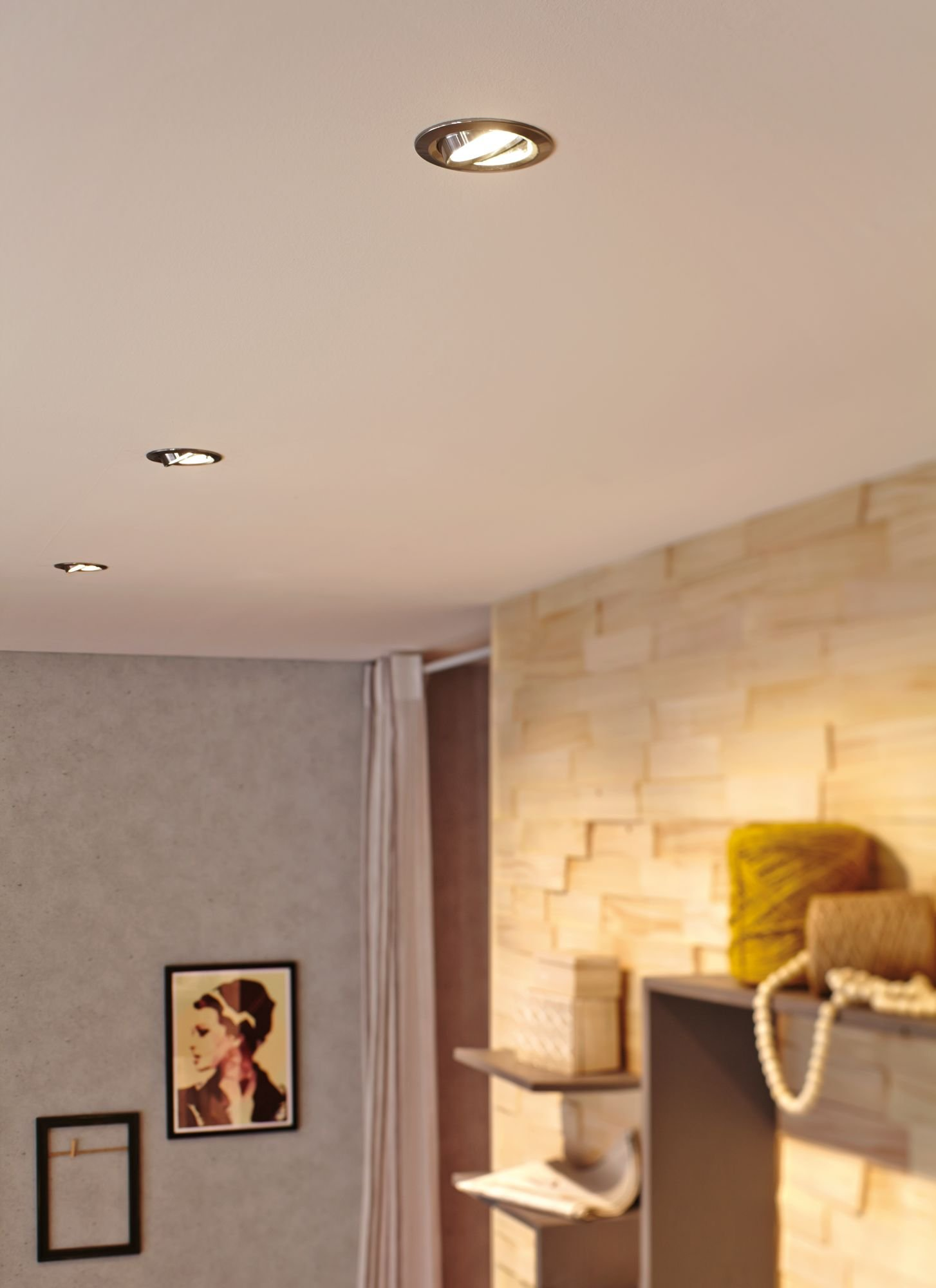 LED Reflektor GU10 230V 3x230lm 3x4W 2700K Alu