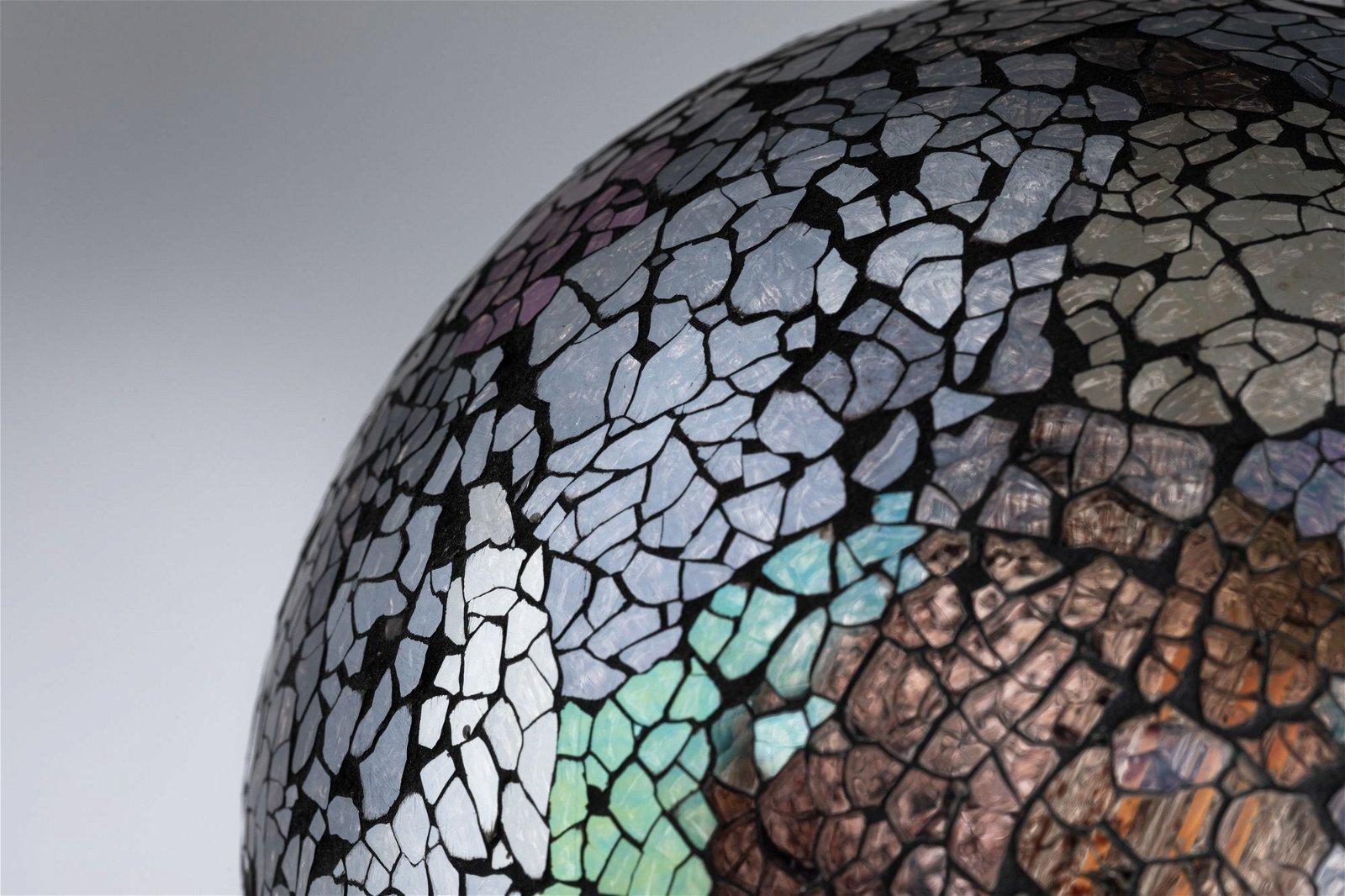 Miracle Mosaic Edition LED Globe E27 230V 470lm 5W 2700K Schwarz